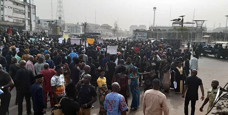 Imo PDP Members Protest Ihedioha's Sack