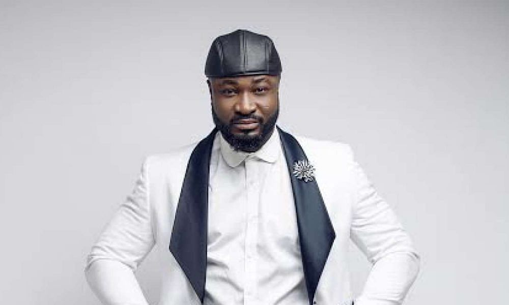 Harrysong Proposes To Longtime Girlfriend