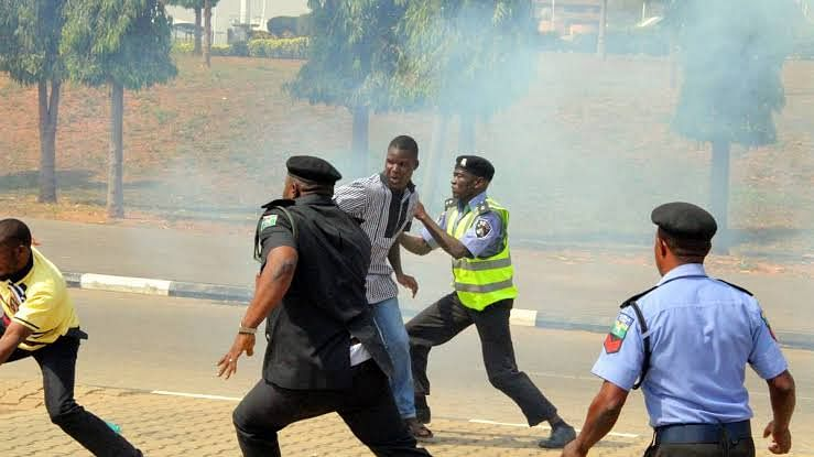 Police And Shi'ites Clash In Abuja Again