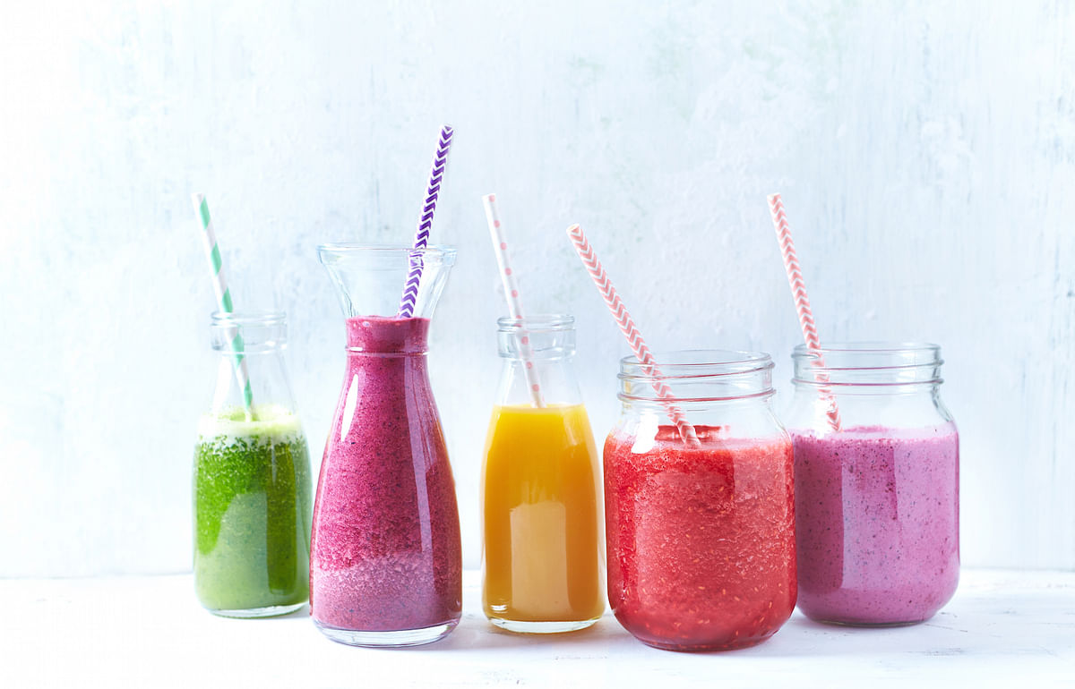 What Is The Difference Between Smoothies And Juices?
