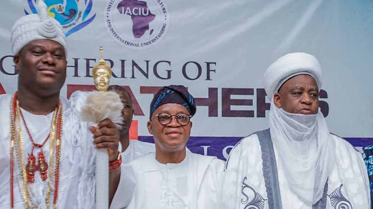 Insecurity: Governor Oyetola Calls For Partnership With Monarchs