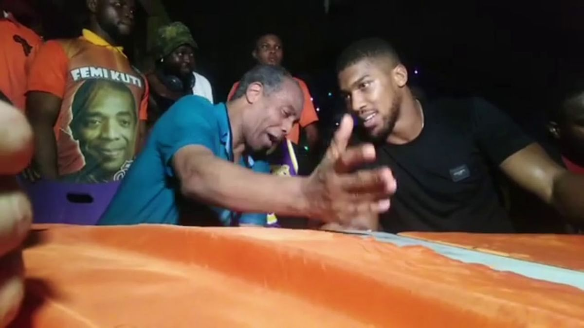 Femi Kuti Hosts Anthony Joshua At The New Afrika Shrine