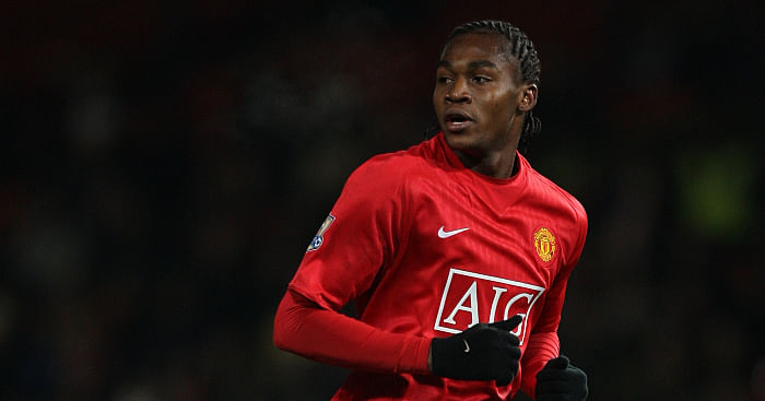 See The 6 Africans Who Played For Manchester United Before Odion Ighalo