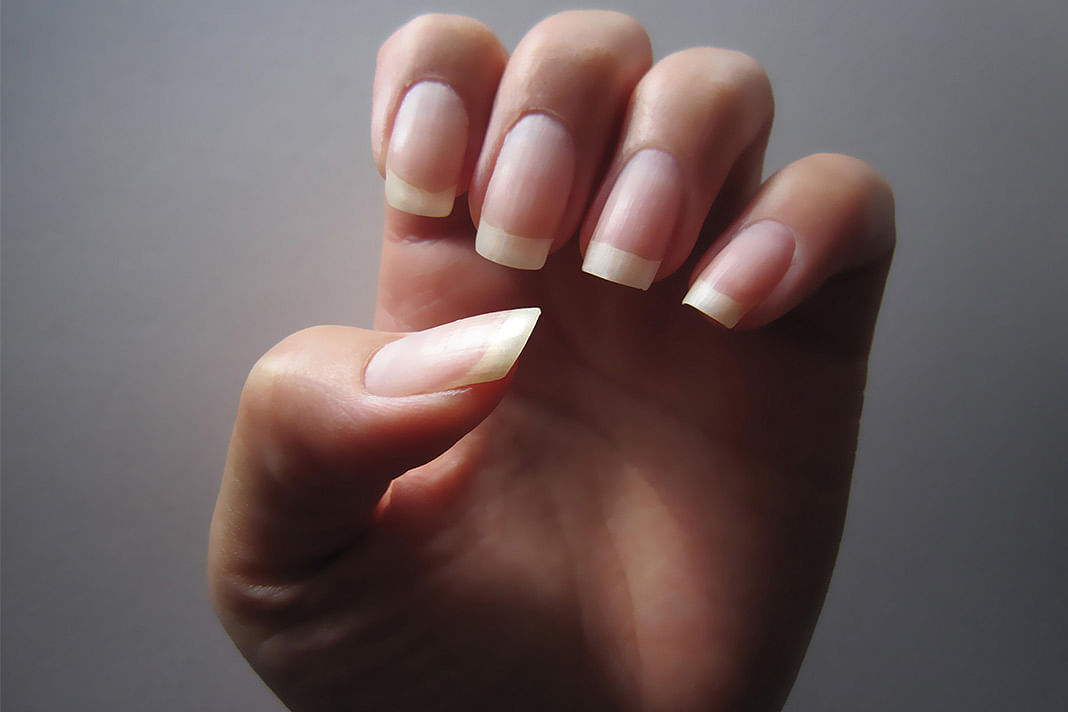 Grow And Maintain Healthy Nails With These Tips