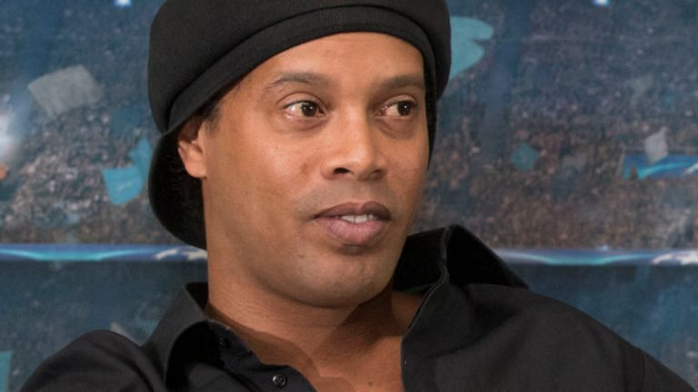 Ronaldinho Held In Paraguay Over Fake Passport Claims