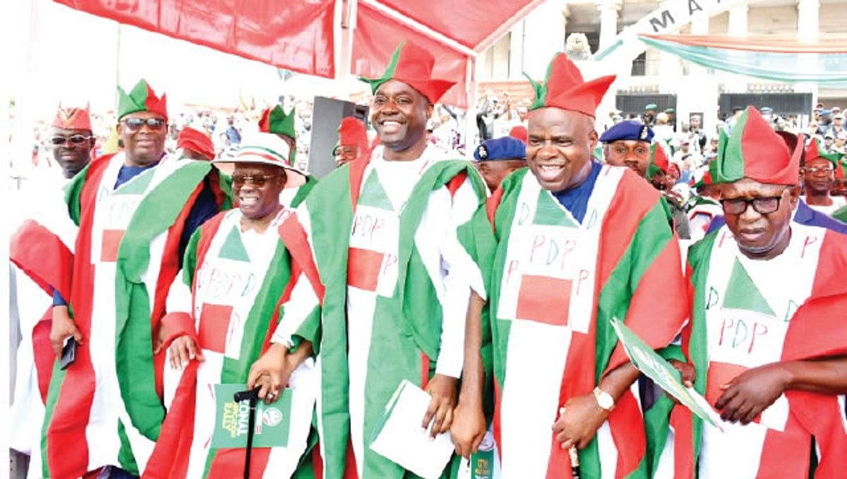 Oyinlola, Arapaja, Obada, Others Return To PDP