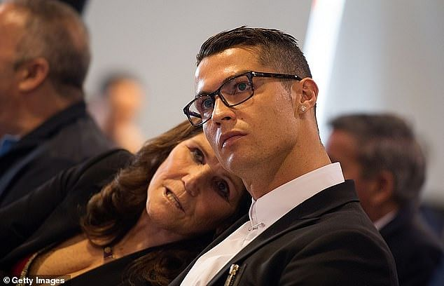 Ronaldo Jets Out To See Sick Mother
