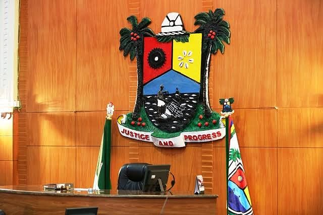 Lagos State Assembly Sacks Two Principal Officers, Suspends Others