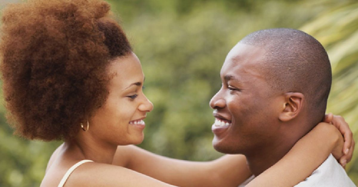 4 Signs He Is In Love With You
