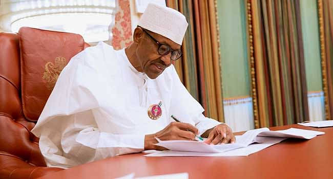 President Buhari Awards Scholarship To Secondary School Students