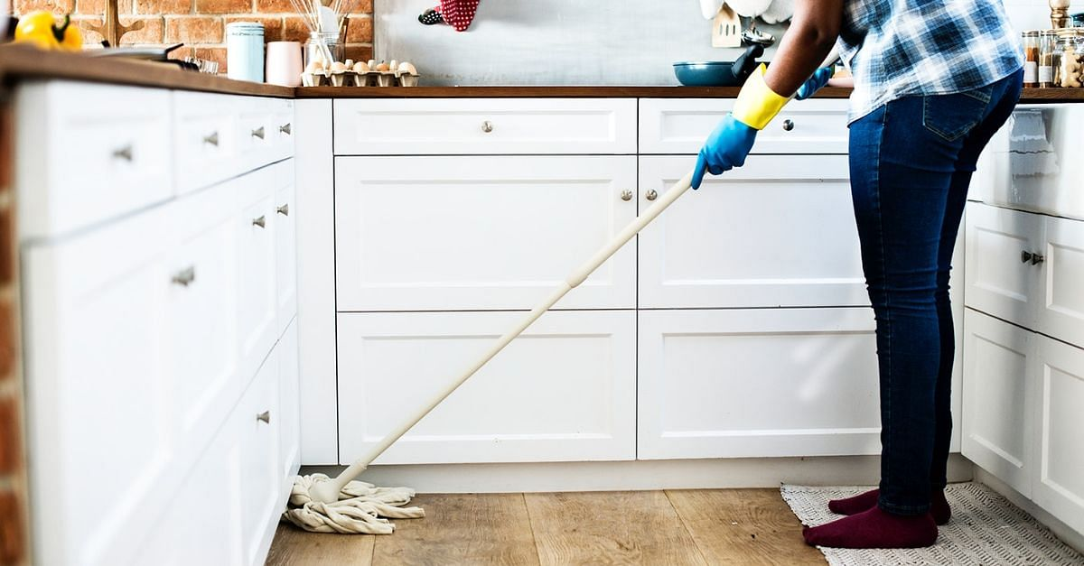 6 Amazing Ways To Keep Fit While Doing House Chores