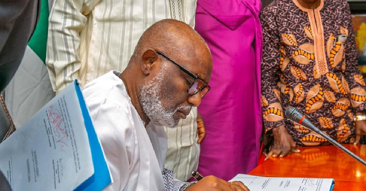 Coronavirus: Akeredolu Signs Infectious Disease Law