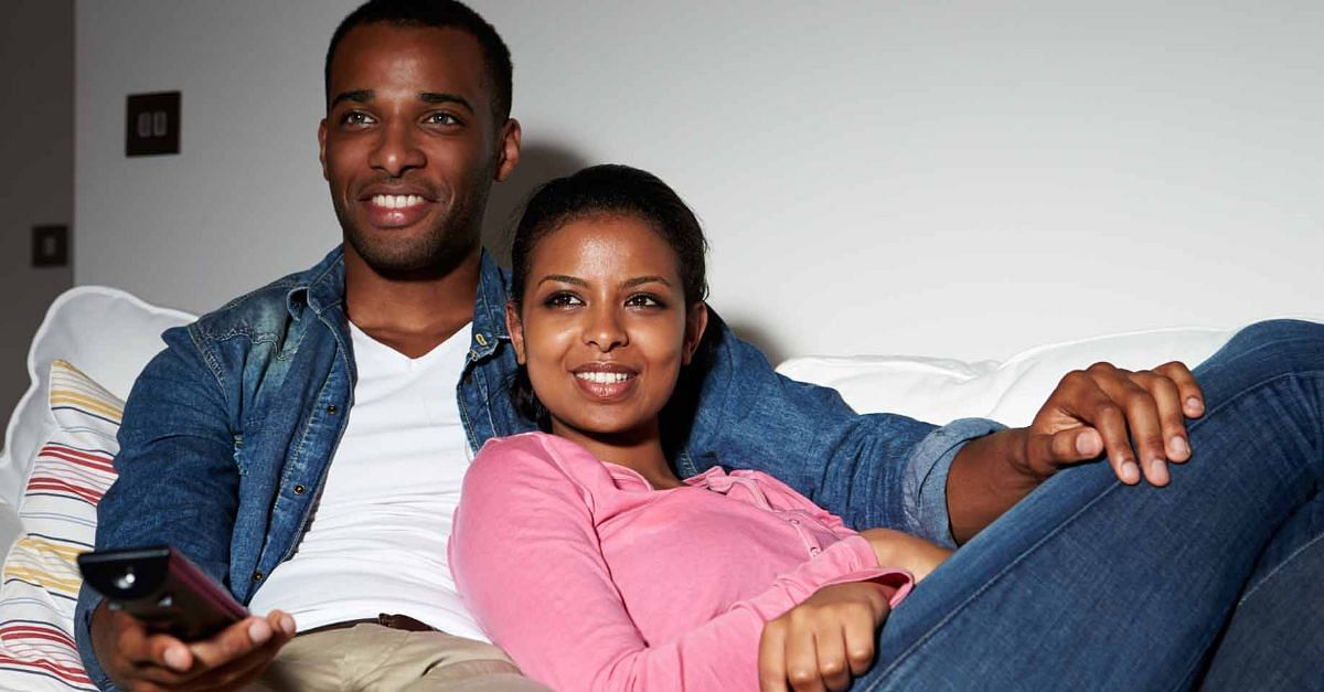 5 Indoor Date Night Ideas For Couples During The Lockdown
