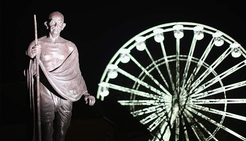 A unique Khadi Project in London celebrates Gandhian tradition of sustainability