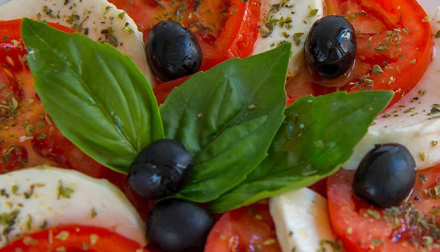 Eat a Mediterranean diet to reduce stress levels