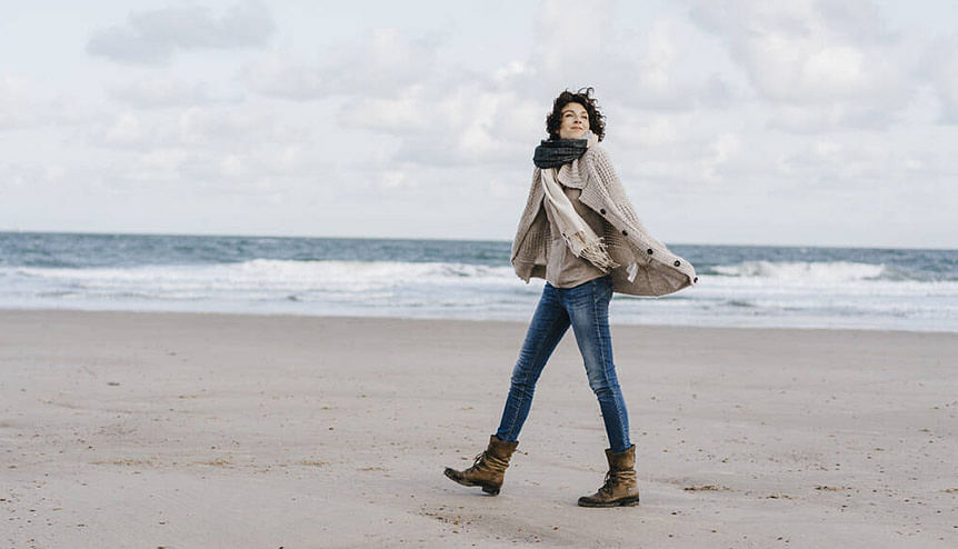 When it comes to walking, here's why going solo may be a good idea