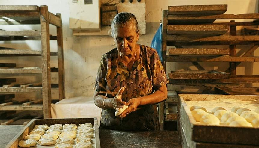 Film Reviews – Bread & Belonging; Ghar Ka Pata (Home Address)