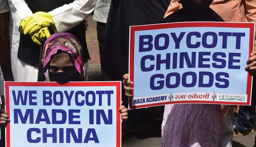 Indian citizens have come out in furious protest against boycotting Chinese goods in India.