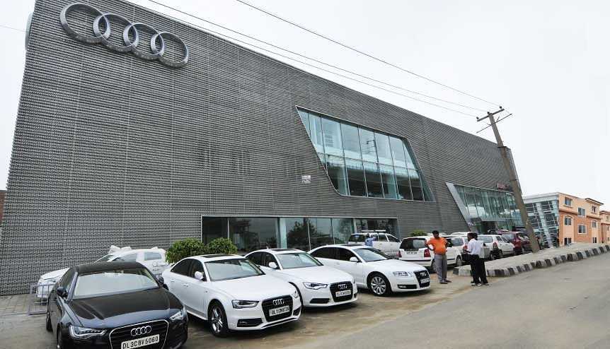 Luxury car companies such as Audi have now launched virtual platforms to encourage online sales during the pandemic.