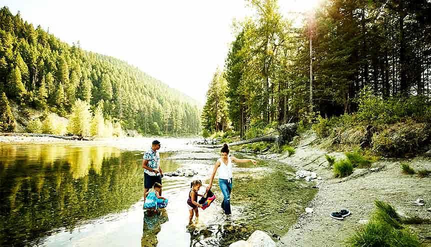 Walks near lakes, rivers benefit mental health: Study