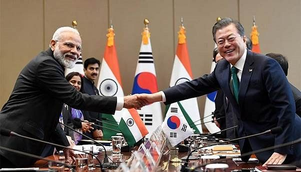 Indian PM Narendra Modi and his South Korean counterpart Moon Jae-In. Strategic ties with Seoul and Taiwan should ensure that India can further its quest for advanced technology in the field of chip making.