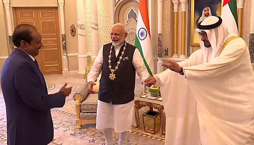 Indian PM Narendra Modi with Sheikh Mohammed Bin Zayed Al Nahyan, Crown Prince of the Emirate of Abu Dhabi and Deputy Supreme Commander of the United Arab Emirates Armed Forces after being conferred with the Order of Zayed, UAE′s highest civilian award in Abu Dhabi. India sees the UAE as a growing defence market, providing opportunities for collaboration.
