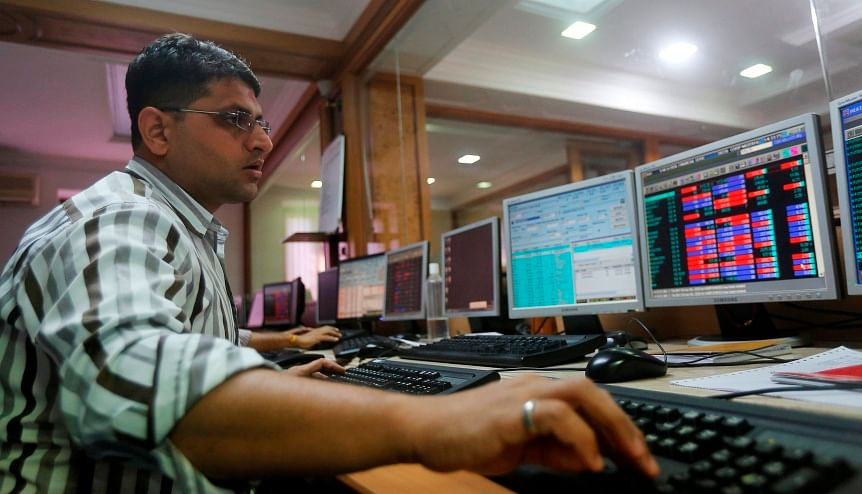 Indian shares rise over 1 per cent on boost from Reliance, HDFC