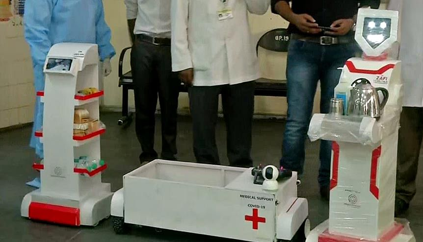 Robots have been deployed at Chennai's Government Stanley Medical College and Hospital to serve food and medicines to COVID-19 patients.