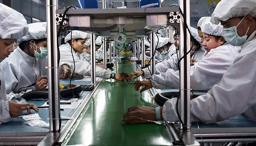 India on track to become the world's smartphone manufacturing hub