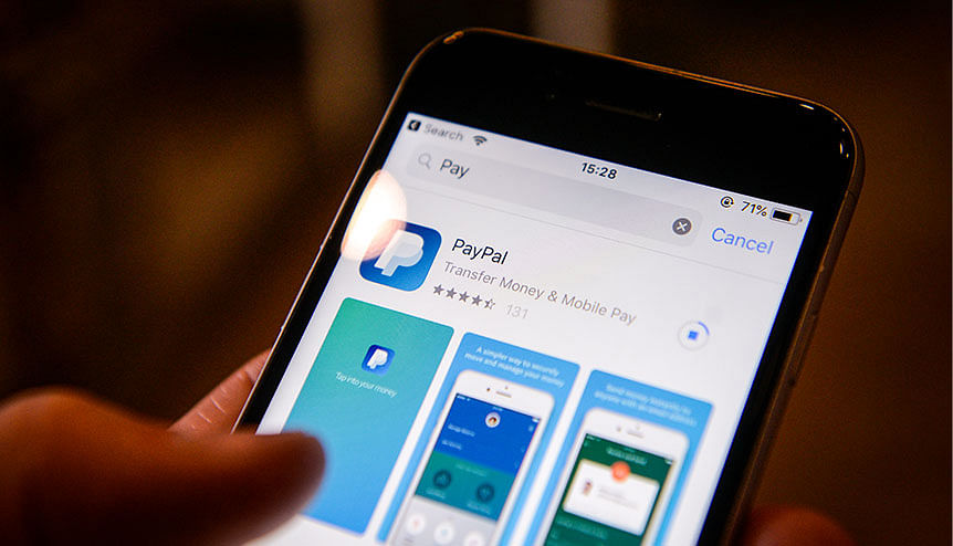 PayPal also allowed its US-based customers to buy and sell Bitcoin via its digital wallet last October.