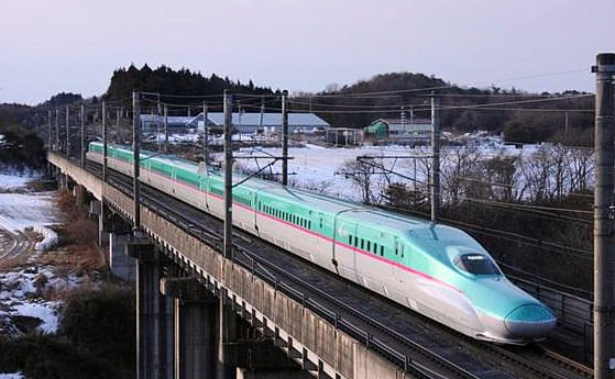 An image of the E5 Series Shinkansen (Japan's Bullet Train), which will be modified for use as rolling stock of the Mumbai-Ahmedabad High-Speed Rail project.