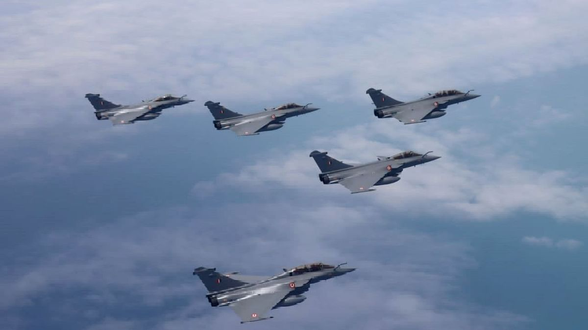 Rafale fighter jets of the IAF in action. Ind-French defence collaboration will act as a stepping stone to strengthening of bilateral ties between the two countries.