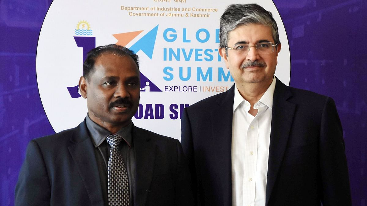 Former J&K Governor Girish Chandra Murmu with Uday Kotak, CEO of Kotak Mahindra Bank. India's fintech firms would, in all probability, be preparing cash in following Citibanks eventual departure.