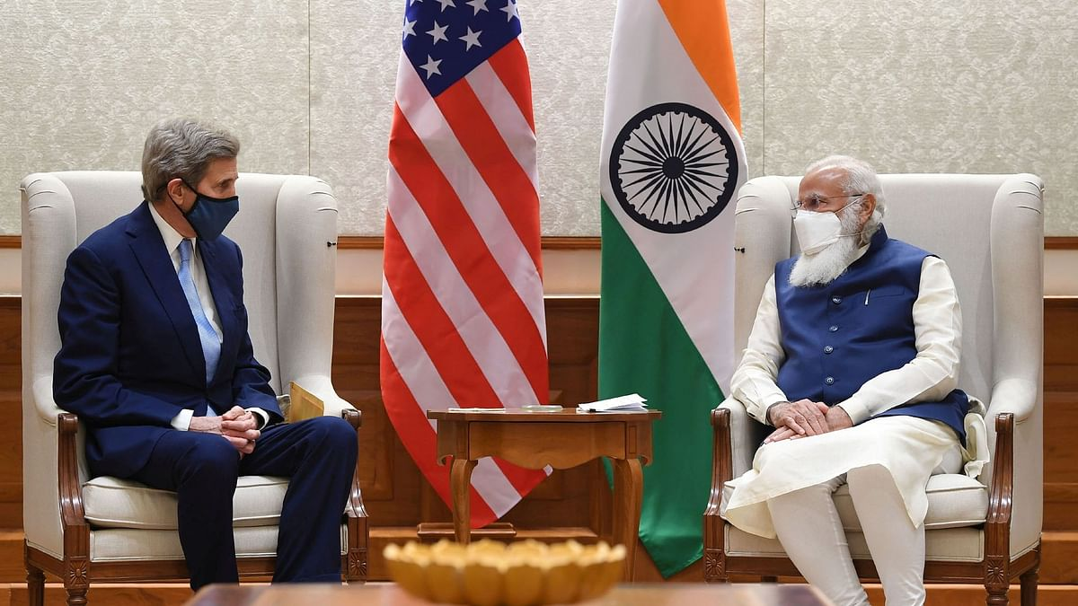 Does Kerry's visit to India indicate a new season of bilateral cooperation?