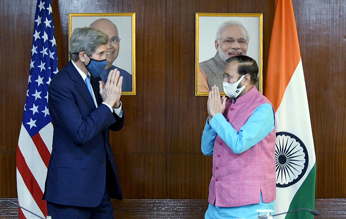 US envoy for climate John Kerry with union minister Prakash Javadekar. The US is prepared to bring money to the table for a normal commercial investment that could quickly start producing alternative fuel in collaboration with India.