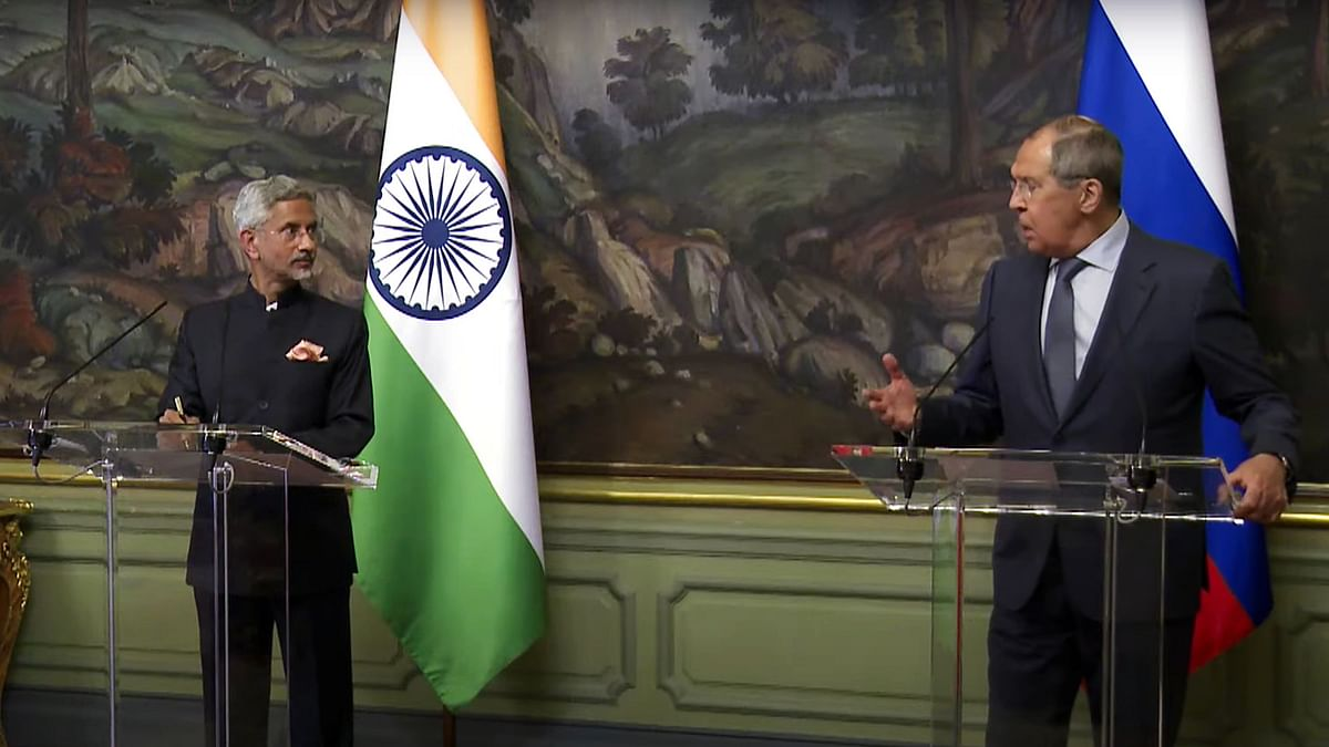 India strikes the balance between old friends and new