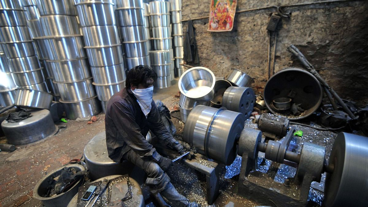 India shines on global manufacturing index