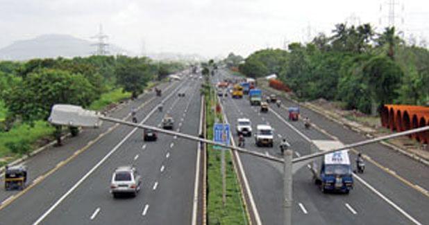 Maharashtra to award 10,000 km of road projects under HAM