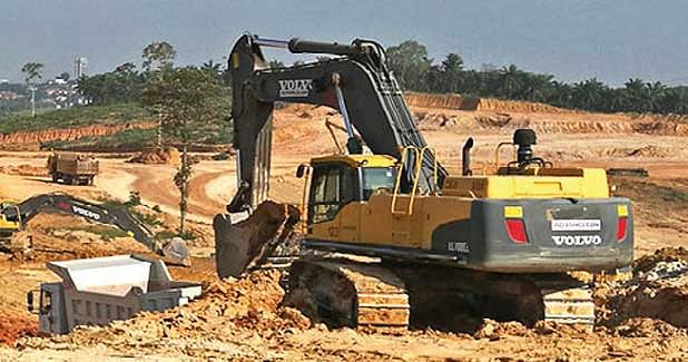 Volvo machines support eco-town construction in Malaysia