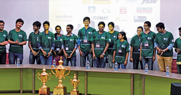 India´s first ´Concrete Canoe Competition´