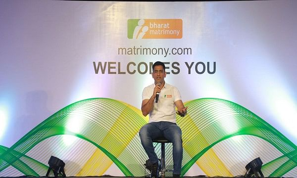 MS Dhoni's mantra for a happy marriage: Listen to your spouse