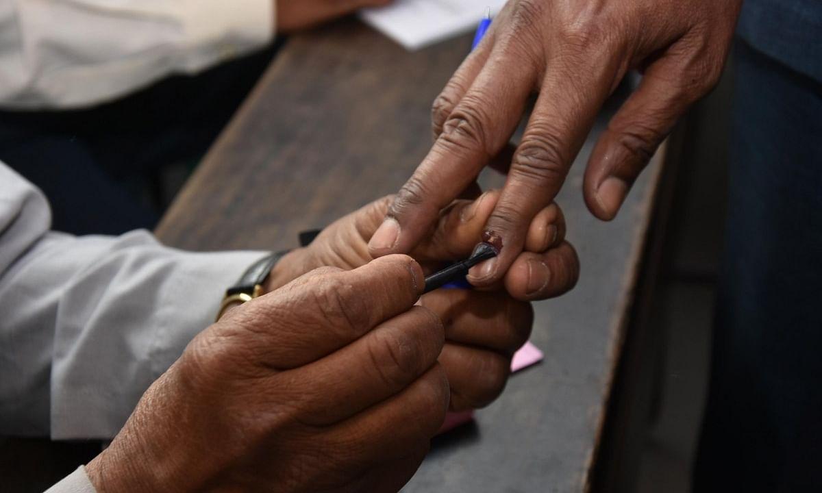 Gujarat BJP meeting underway to chalk out plan for bypolls