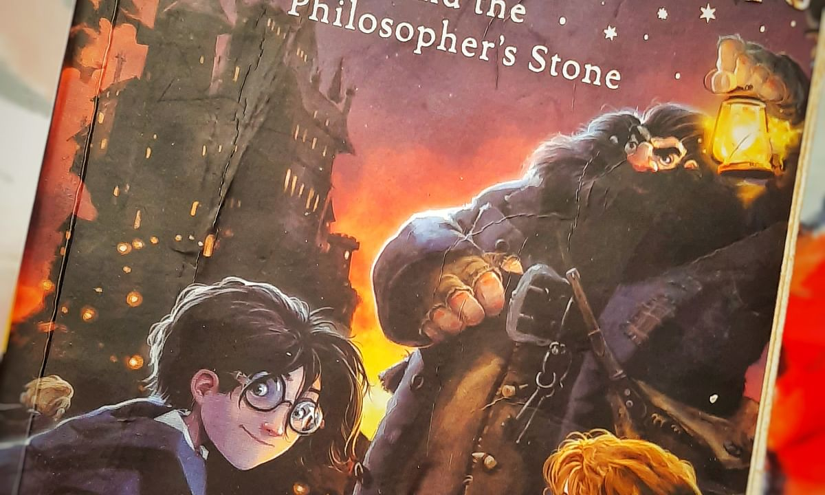 Book Review- Harry Potter and the Philosopher's stone
