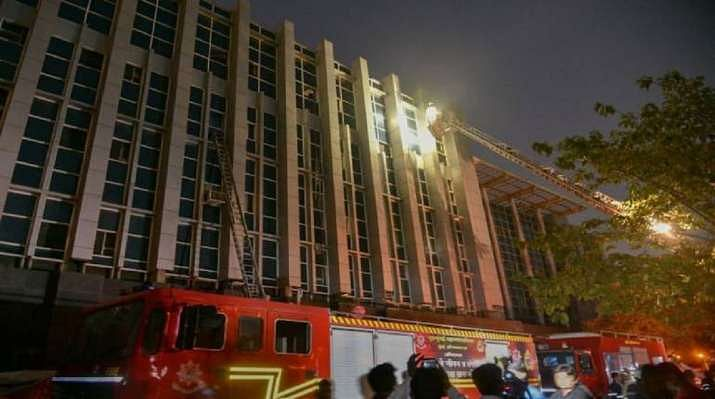 8 killed as massive fire breaks out at COVID-19 hospital in Gujarat's Ahmedabad
