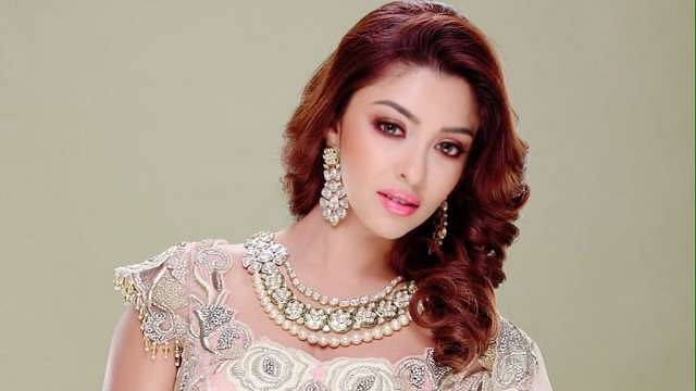 Payal Ghosh claims she was made to delete old MeToo post about 'famous director'