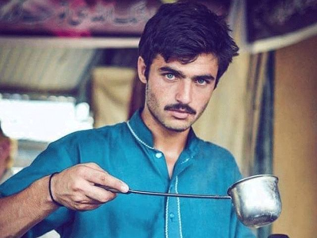 Famed Pakistani 'chaiwala' to take his tea to London