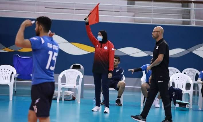 Bahrain Volleyball Association names two lineswomen in a first