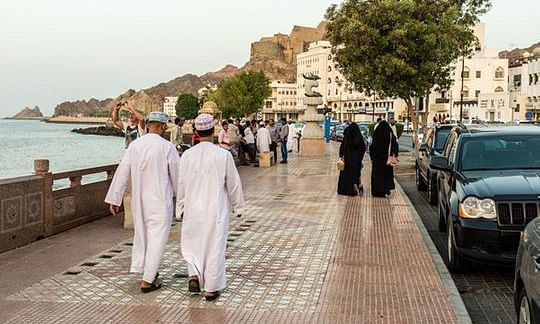 More than 45,000 expats apply to leave Oman