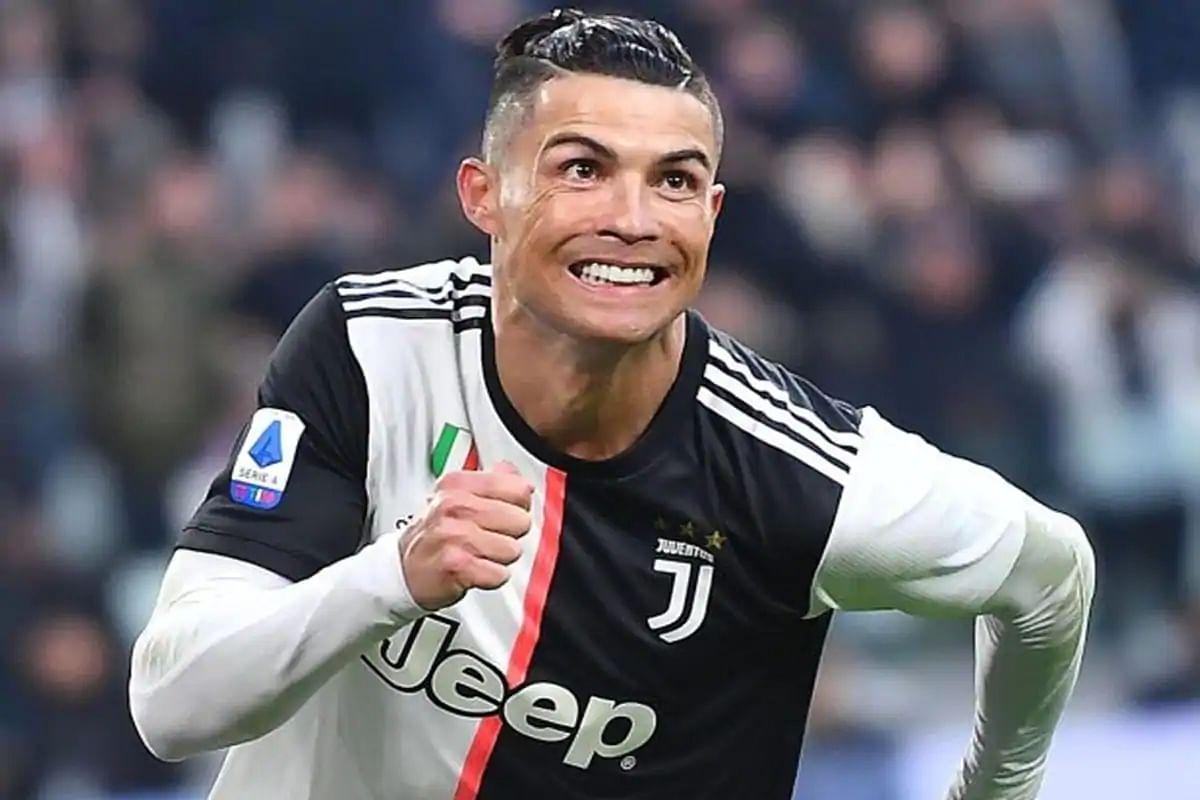 Coca Cola loses $4 billion as Cristiano Ronaldo removes soft drink bottles at a presser