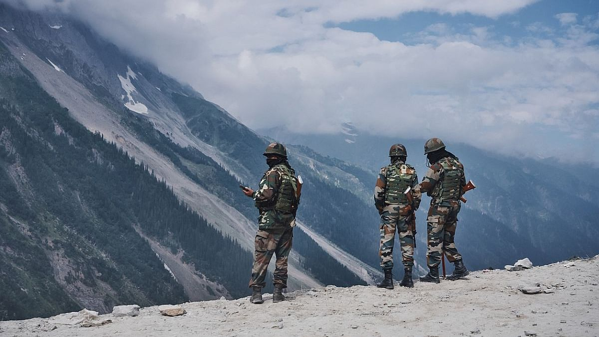 Detained Chinese soldier handed back in Eastern Ladakh